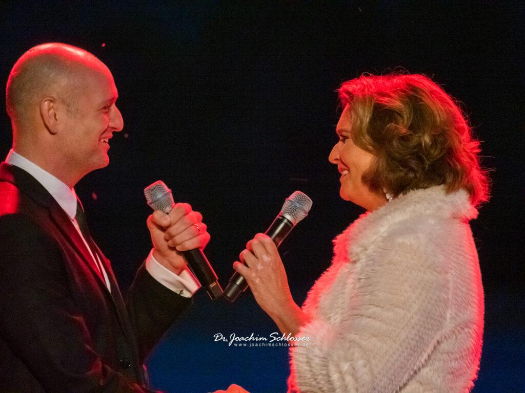 Drew Sarich und Maya Hakvoort im Profil